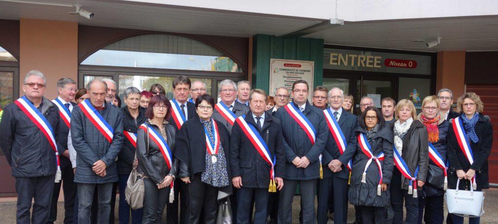 Les élus du Pays Rochois ont rendu hommage à Guy Flammier, Maire de La Roche-sur-Foron lors d'une minute de silence.